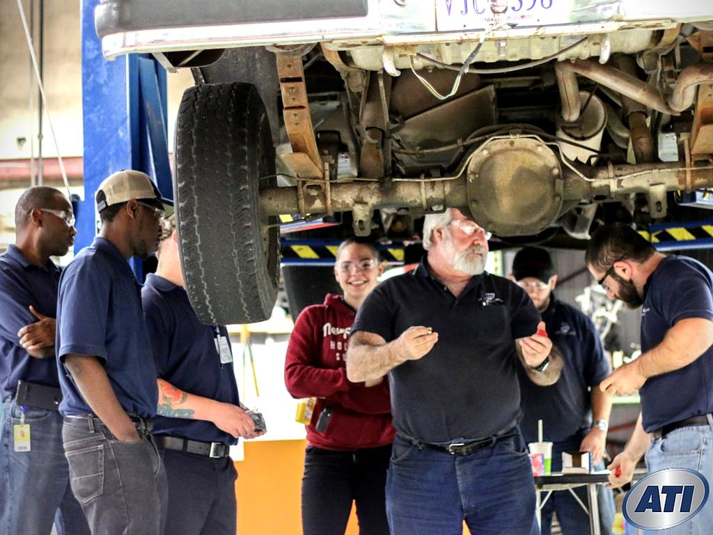tech automotive schools technology key advanced institute auto programs traits repair