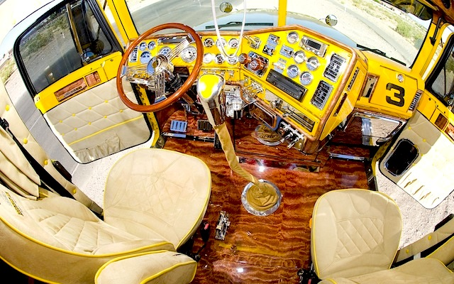 The-Hog-Ring-Auto-Upholstery-Community-Custom-Big-Rig-Interior-91