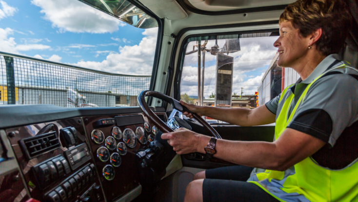 Women Truck Drivers: A Growing Demand in the Commercial Driving Industry